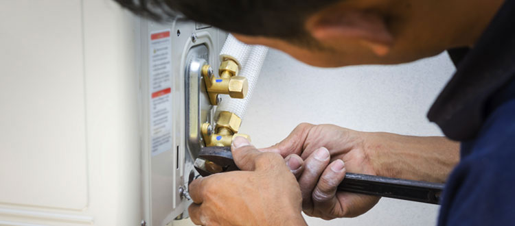 Air Conditioning Installation Service and Air Conditioning Repair & Maintenance Services