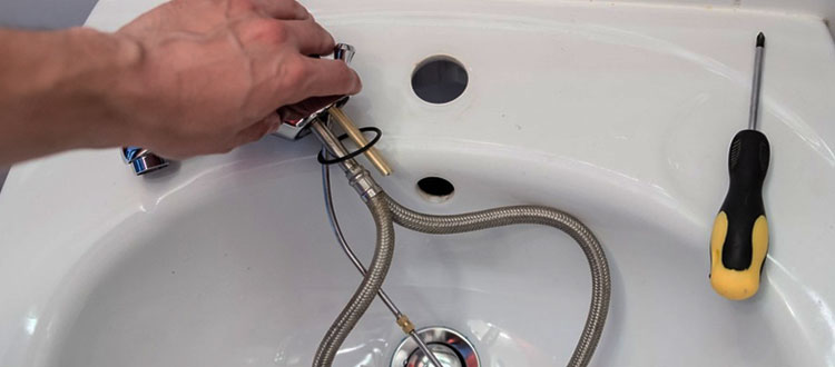 Benefits of Plumber's Putty and Plumbing Service in Philadelphia County